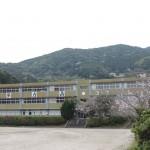 魚目中学校