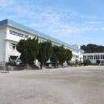 北魚目小学校